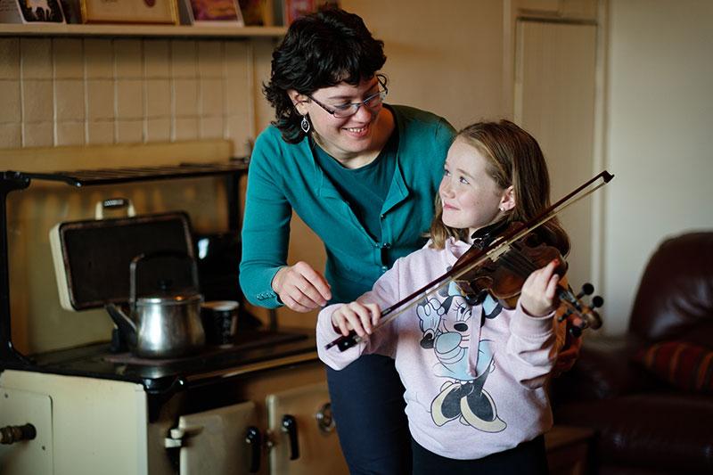 fiddle hold position lessons clare corofin burren