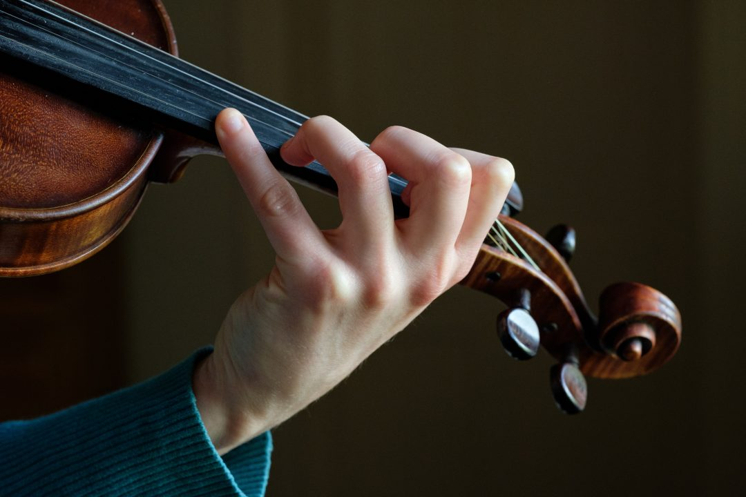 fiddle position hand lessons clare closeup