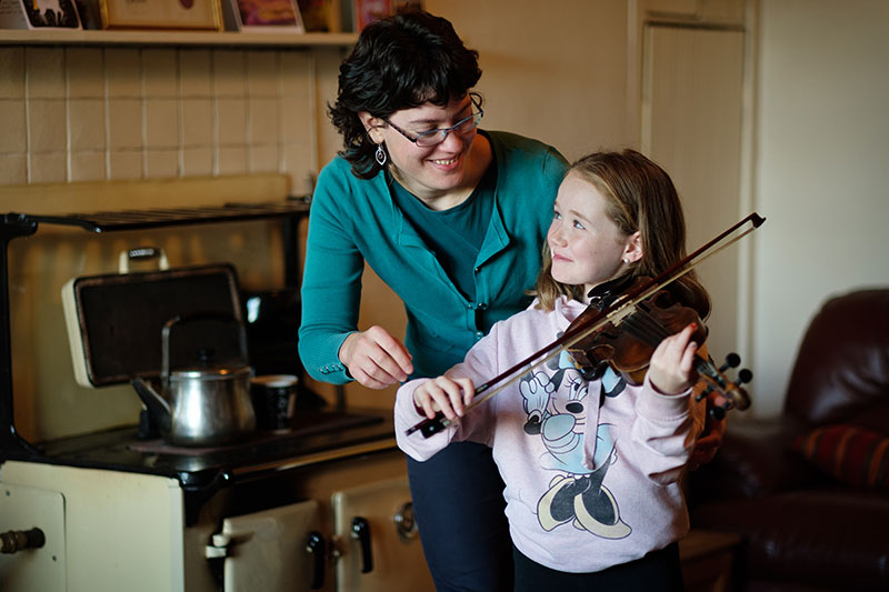 fiddle hold position lessons clare corofin burren